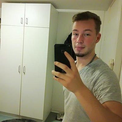 SebastianL