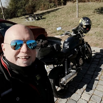 Biker05