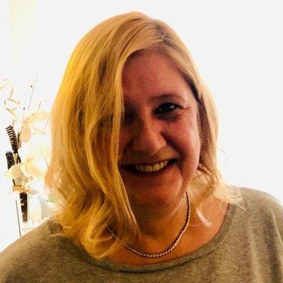Profilbild von AndreaM53