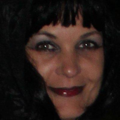 Profilbild von Lou-Lou_