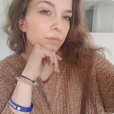 Lenaaa18