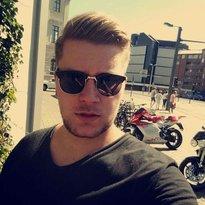 Profilbild von Henrik23